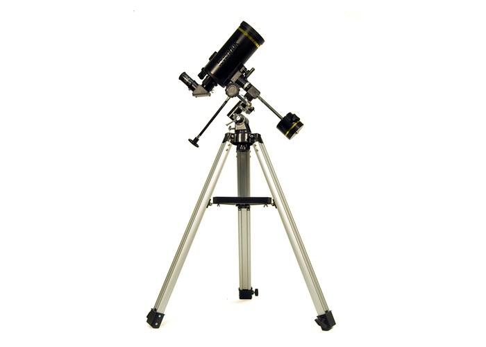 Оптическая схема Максутова-Кассегрена.  Диаметр объектива - 90 мм.  Фокусное расстояние - 1250 мм.Страна: СШАГарантия...